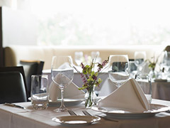 fnd-restaurant-table-stock_s4x3_lg.jpg